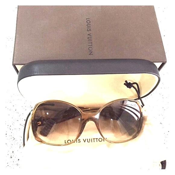 fefa3f38884b Louis Vuitton Accessories - Louis Vuitton Gina glitter honey sunglasses