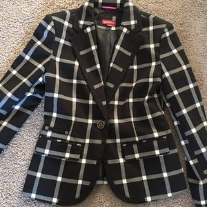 Black and white blazer size 2