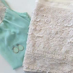 Sans Souci Dresses & Skirts - Sans Souci | Cream Crochet Mini Skirt | Size: M