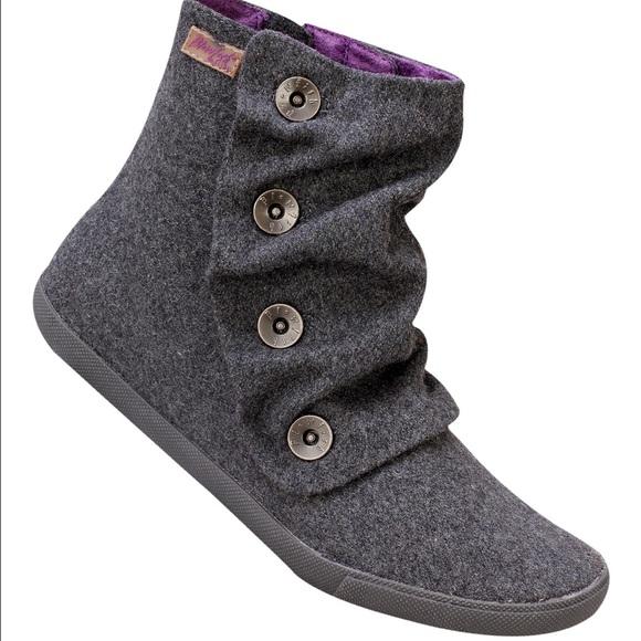 f26a962a385c Blowfish Shoes - Blowfish Malibu Grey Hobbit Boots