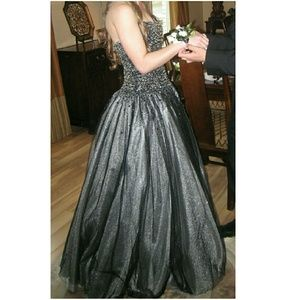 Black/Silver Jeweled Prom Dress Ball Gown (Size 2)