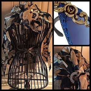 Accessories - Gorgeous slate blue and gold silk floral scarf