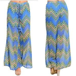 Pants - 🌞SALE 🌞Cute print palazzo pants S M L