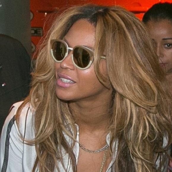 9c9aef8a43b Tory Burch Panama sunglasses ASO Beyonce! M 56db6b35620ff79b1f00cfb4
