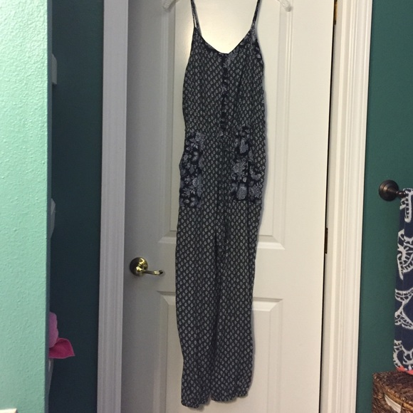 38aba98b023b American Eagle Outfitters Other - American eagle romper jumpsuits size M