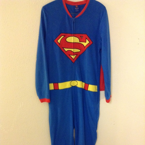 bcc684d3db Superman onesie pajamas. M 56db9a9601985ec557044080