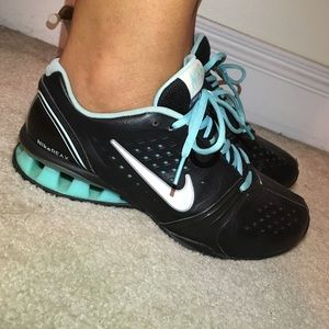 d6c9335b0aae16 Nike Shoes - Nike Reax Rockstar