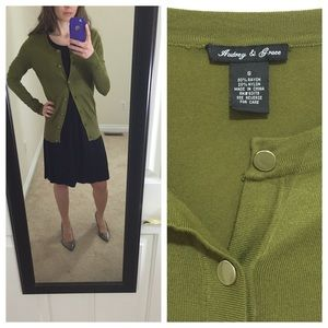 Audrey & Grace Sweaters - Audrey & Grace olive green sweater