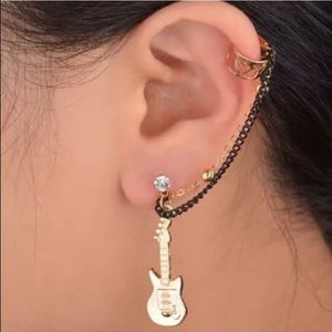 Guitar earring