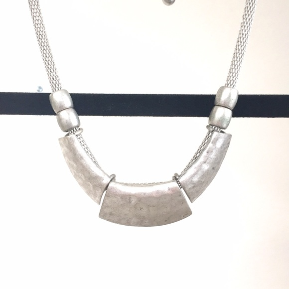Urban Outfitters Jewelry - NEW silver statement necklace