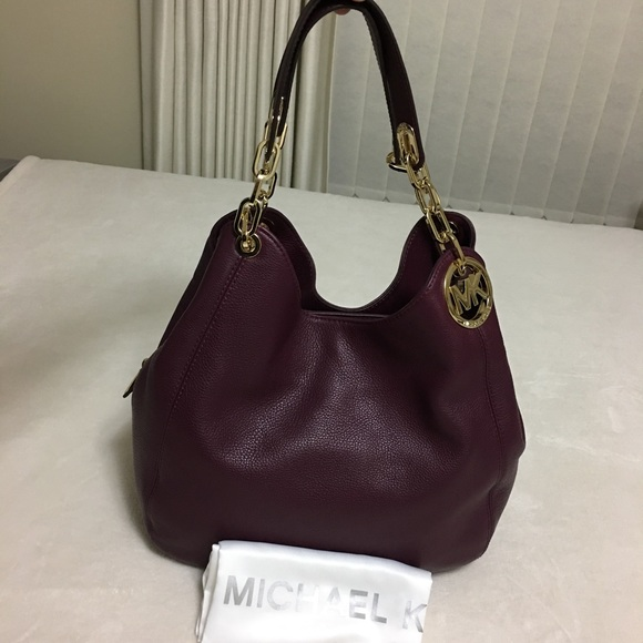 617abc15626f Buy michael michael kors fulton large shoulder tote   OFF68% Discounted