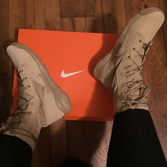 Nike Special Field Boots Women Sz 9-Tan. M 56dbf2d8f092826bd404e6b7 ce1447270