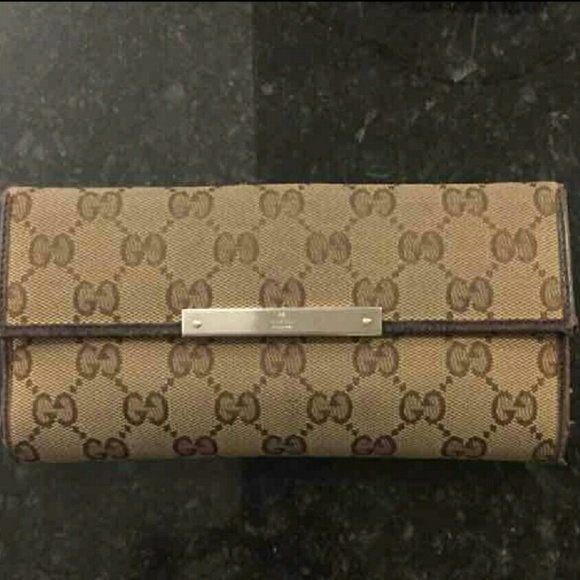7f5f47a824a3fb Gucci Bags | Authentic Wallet | Poshmark