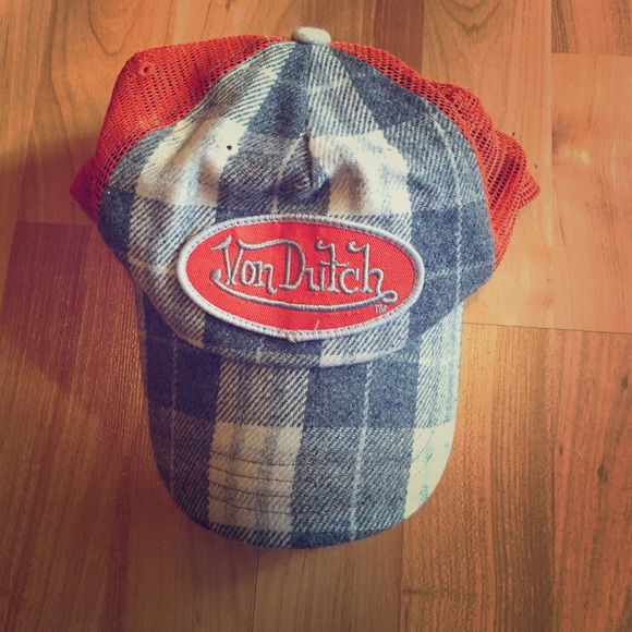 Vintage Von Dutch hat. M 56dc722bd3a2a768fb0568ae d9382c91bb3