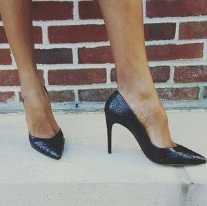 Alexandre Birman Shoes - Gorgeous Black Pumps