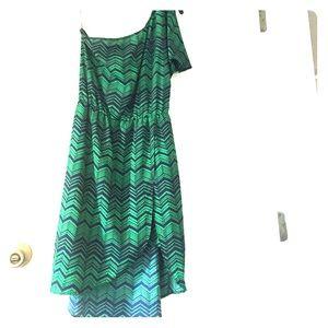 collective concepts 1 shoulder green & navy dress