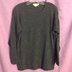 Men's fine-gauge pullover sweater