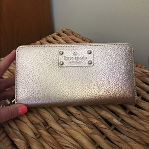 Kate Spade Neda Wellesley Rose Gold Wallet