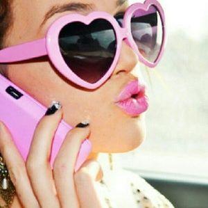 Accessories - Lolita OOAK Retro Baby Pink Heart Shaped Sunnies