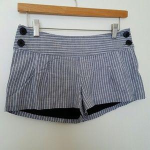 Guess Gray & White Pinstriped Sailor Shorts 26