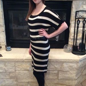 Dresses & Skirts - Cute Black & White Striped Dressed 