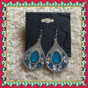 Jewelry - BRAND NEW! Turquoise style teardrop earrings