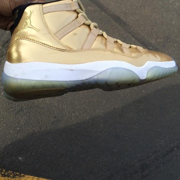 super popular 22533 e7d3f Custom Gold Nike Jordan XI (11's) used!