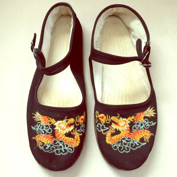 Unique Chinese Dragon Shoes! 🐲. M 56dca0a62fd0b745ac00b915 e59b5889083a