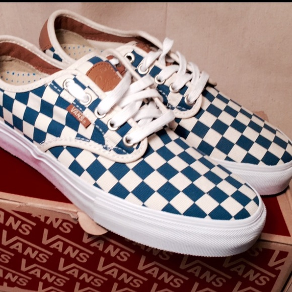 1a03cf91f62 Tan and blue checkerboard vans