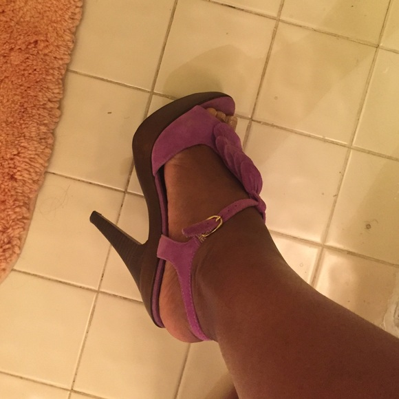 Steve Madden Shoes - Purple suede Steve Madden heels