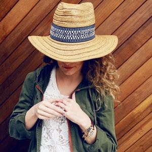 Boutique Accessories - LAST ONE! Wide Brim Straw Hat