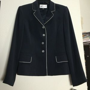 Albert Nipon Navy Blazer