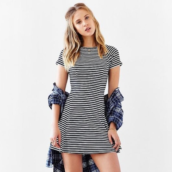 f51cfadd39a6 BDG Dresses   Skirts - Urban Outfitters BDG Fit   Flare T-Shirt Dress