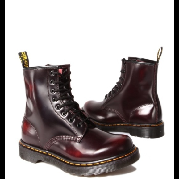 2b25b970e2fd Dr. Marten Arcadia Candy Apple boot sz 6