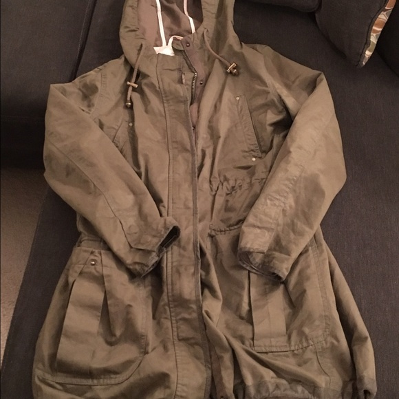 H&M - H&M hooded army green anorak/parka/utility jacket from Eve's ...