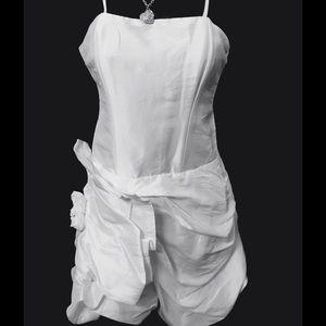 Moa Moa Dresses & Skirts - 🎉‼️ NEW Arrival 💋🎉 White Moa Bubble Mini S,M,L