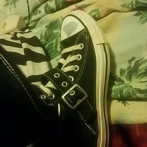 Converse Shoes - Knee high converse