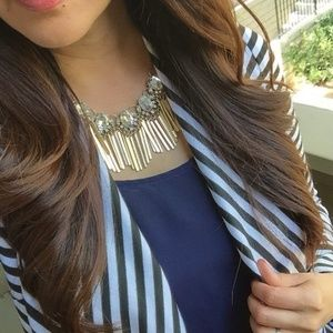 NWT Trendy Crystal & Fringe Statement Necklace