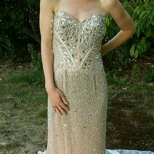 Sherri Hill Dresses & Skirts - Sherri Hill mirrored