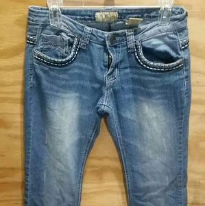 Hybrid acid washed jeans.