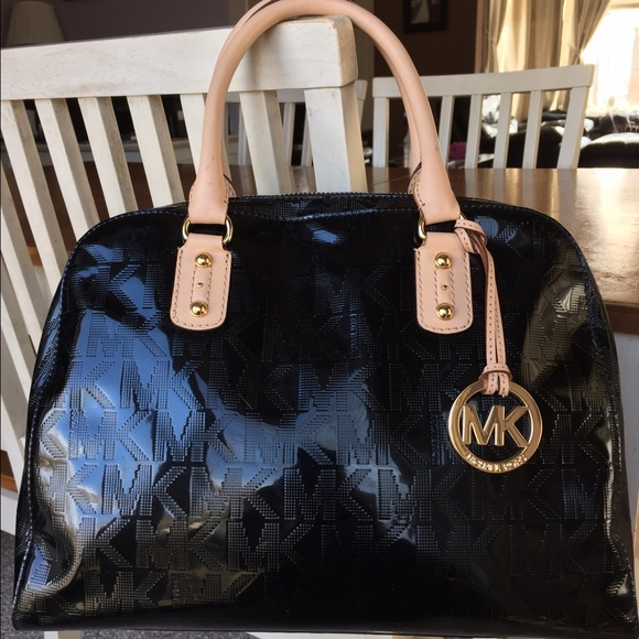 185a0c1f05f182 MICHAEL KORS Black Patent Leather Satchel Purse. M_56ddc3898f0fc419ab005578