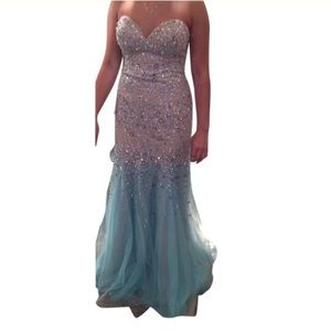 Terani Couture Dresses & Skirts - 🌟HP 4/14🌟Jovani aqua and nude prom dress