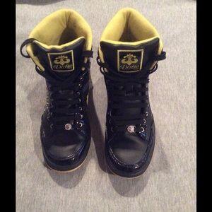 Dereon Shoes - Hightop Dereon Sneakers