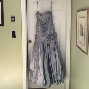Dresses & Skirts - Silver prom gown