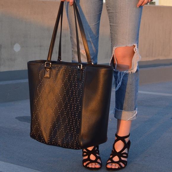 cfae9722d1 Vera Bradley Handbags - NWOT Vera Bradley Leather Micro-stud Ella Tote
