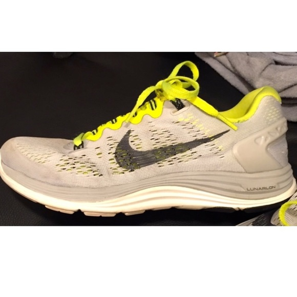 another chance 32798 8329b Nike LUNARGLIDE + 5 Women's Sneakers