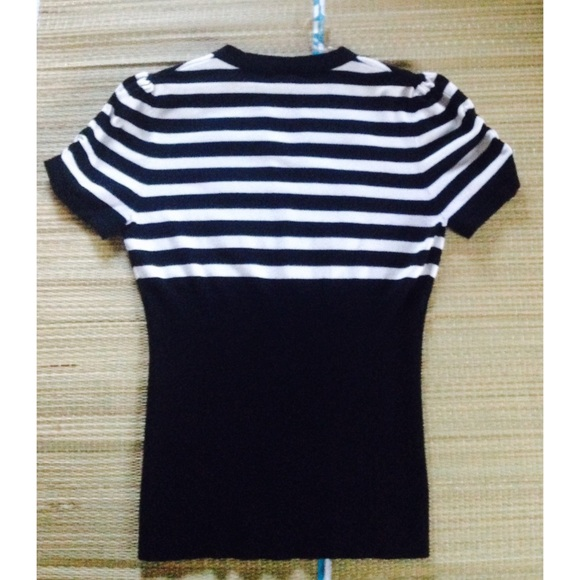 Dots Tops - ⭐️ Cute Black & White Striped Sweater