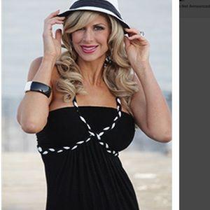 Alexis bellino black maxi dress