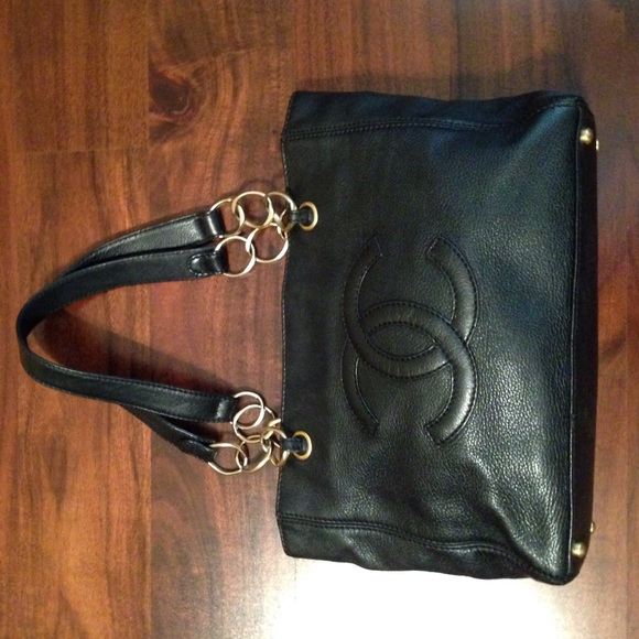 Genuine Chanel black leather handbag