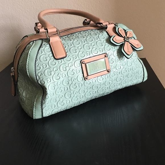 f1c5a1d9518f Guess Handbags - 🎀ONE DAY SALE🎀NWOT Guess Handbag